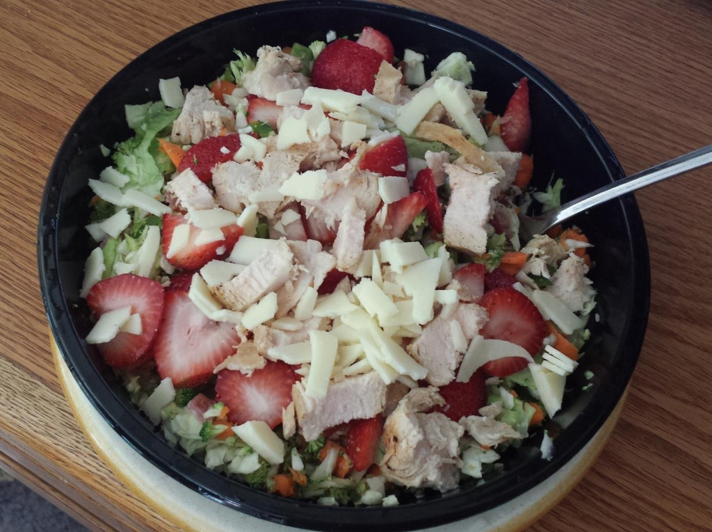 Shredded Cabbage, Carrot, Jalapeno with Scallion, Sliced Strawberries, Salami, Chicken, Provolone
